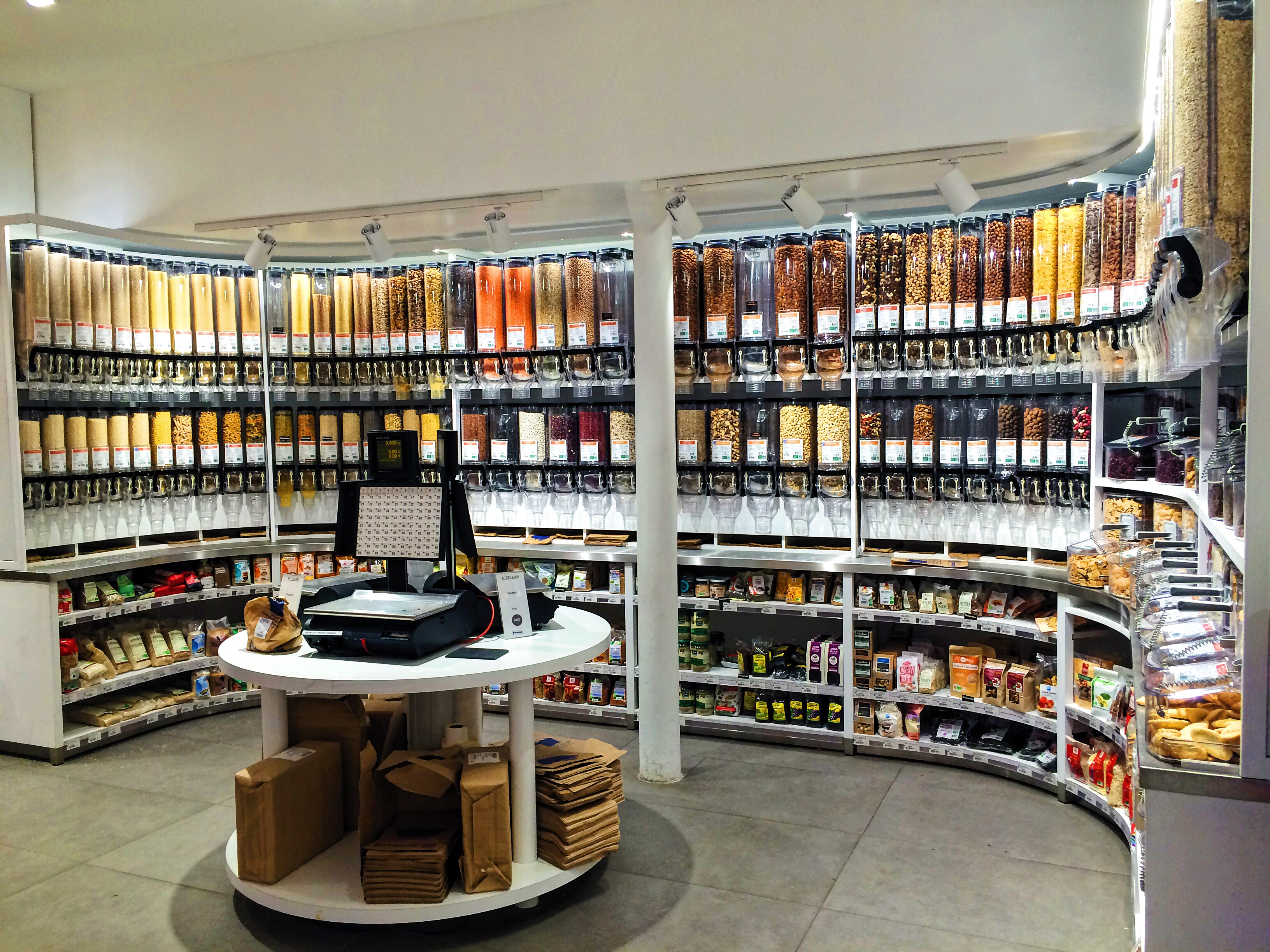 Biocoop Dada Paris further Presentoir A Epices as well Jus De Mandarine also 1F28595 Fleurs Bissap Rouge Sechees Bio as well Infusion De Kinkeliba C2x548559. on epices aromates condiments